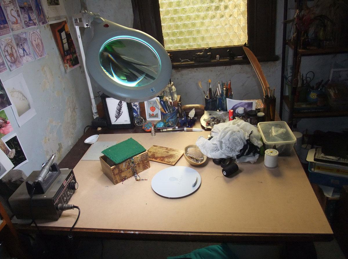 magnifying-light-set-up