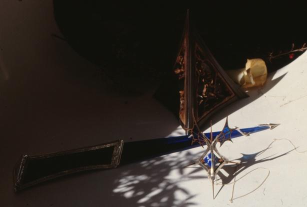3-Blue-Triangles by-Mo-Orkiszewski-1989-