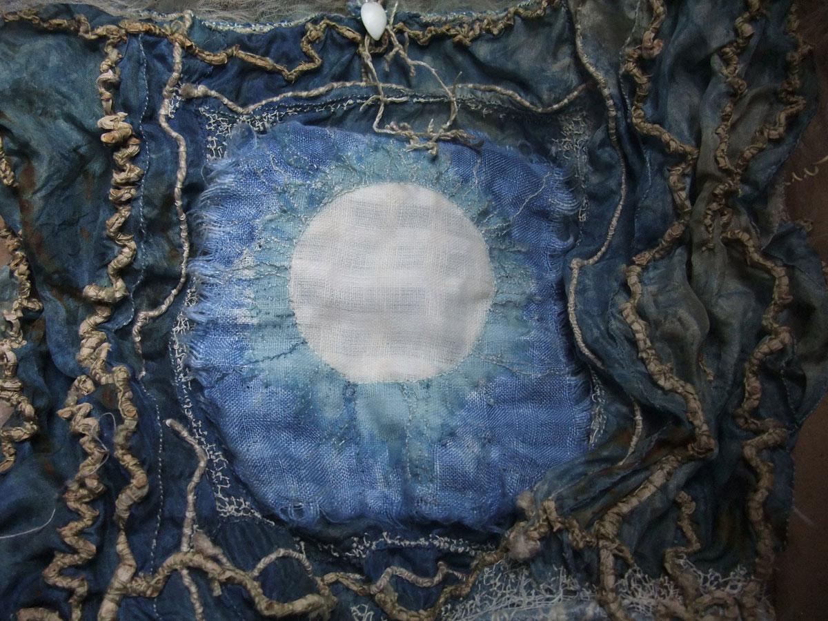 air-moon-detail-mo-2014