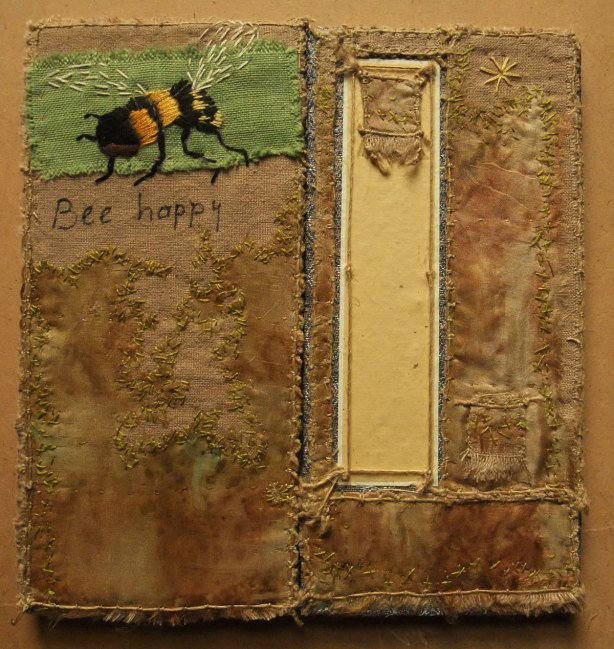Bee-Book-cloth-by-Martine-Bos-2015