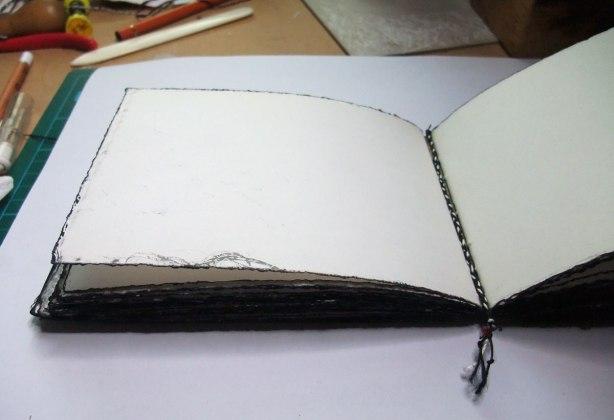 Crow-Book-IV-bookmark-detail-Mo16