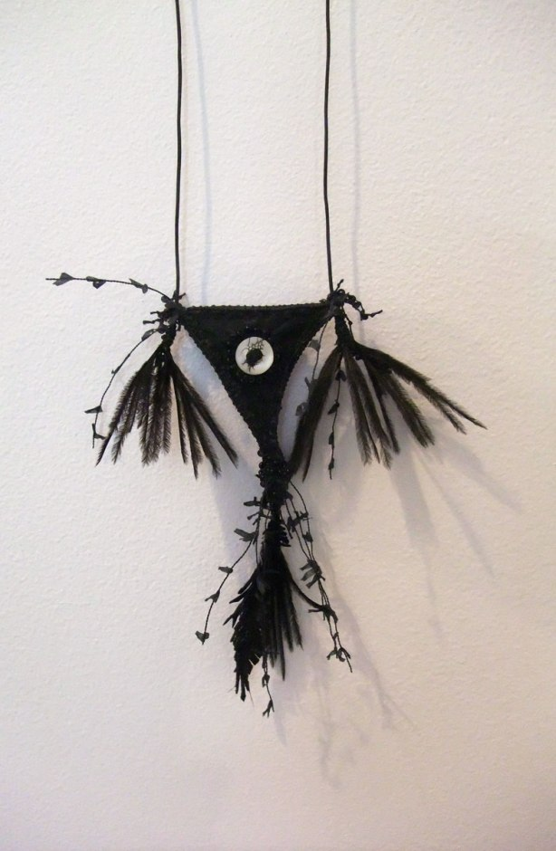 crow-eye-amulet-viii